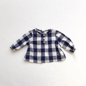 Old Navy blue gingham long sleeve top  EUC 3-6m
